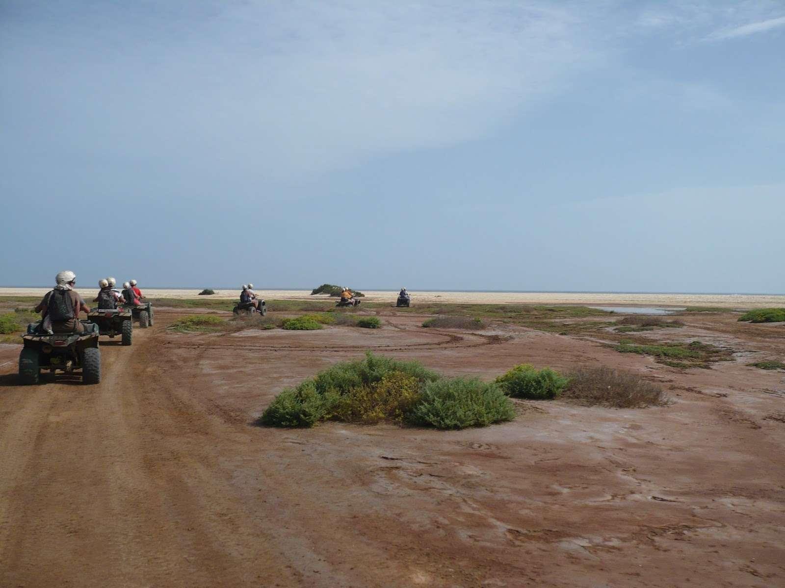 Excursion en Quad par la zone protégée des mines de sel et du cimetière des tortues, les dunes, Kite Beach, la Baie de Ourdira, l'oasis de Algodoeiro et Ponta Preta et Santa Maria