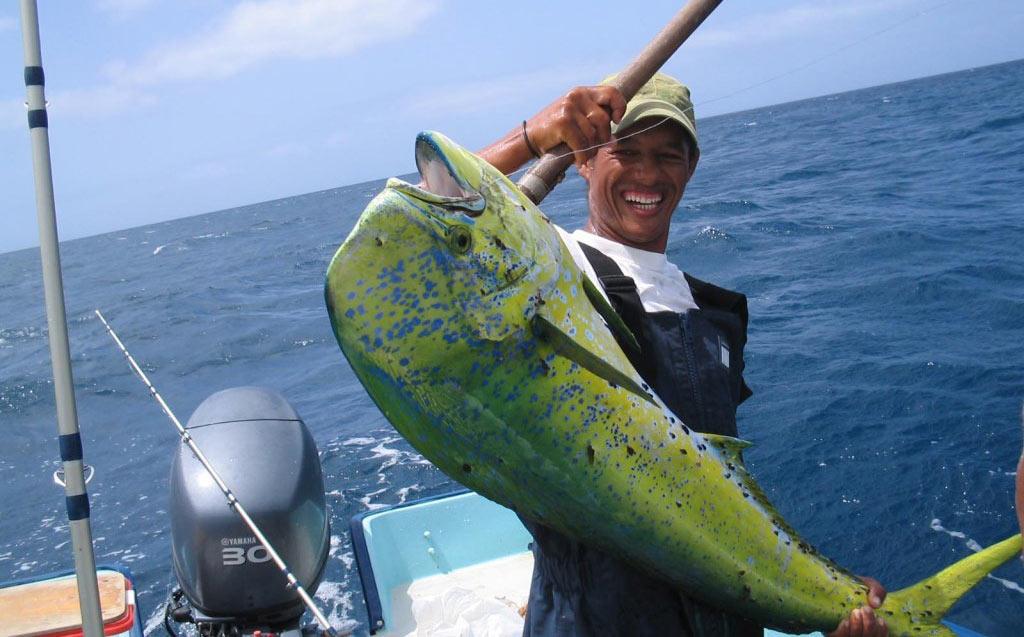Excursions organisées par le Fishing Center, avec des guides experts qui enseignent les différentes techniques de pêche